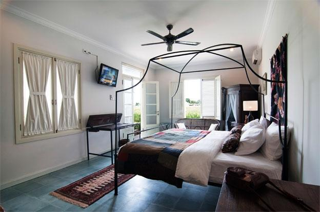 Brown Feather Hotel Bali - Magena