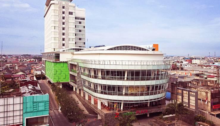 FOX Hotel Pekanbaru - Exterior