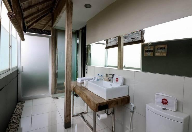 NIDA Rooms Sawah Jogjo 28 Ngaglik Jogja - Kamar mandi