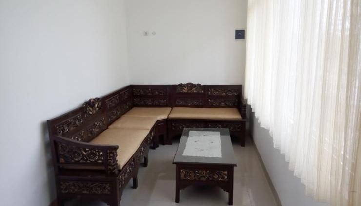 Seroja Kostel Jambon Yogyakarta - Interior