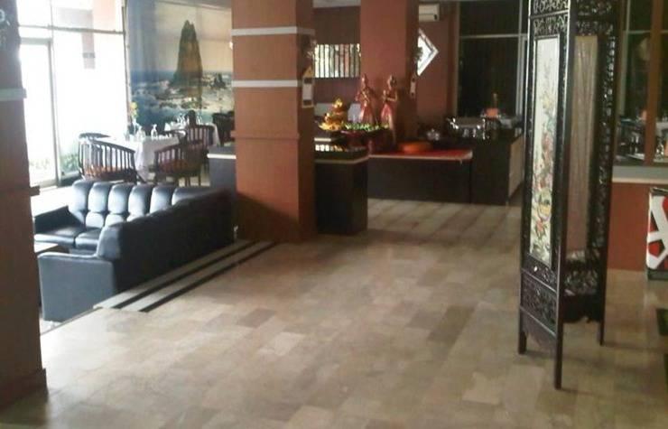 Hotel & Restaurant Bandung Permai Jember - Lobi