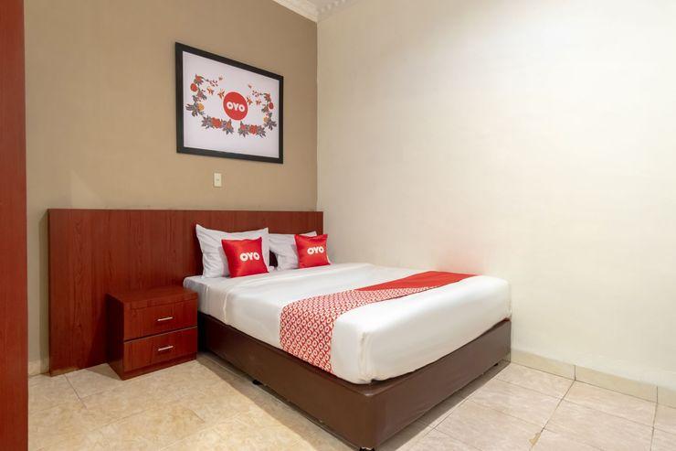 OYO 1668 Yvel Homestay Medan - Bedroom
