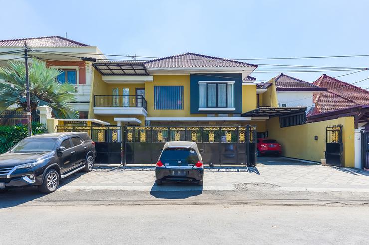 RedDoorz Syariah near Marvel City Mall 2 Surabaya - Photo