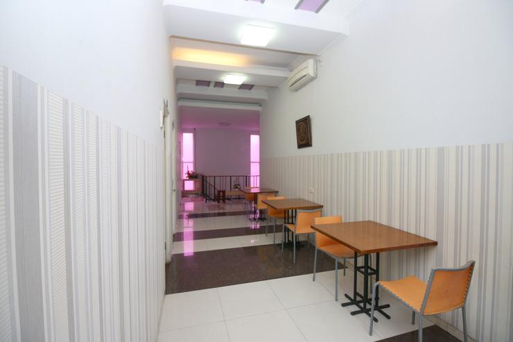 Airy Syariah Alun Alun Merdeka Wahid Hasyim 4 Malang - Corridor