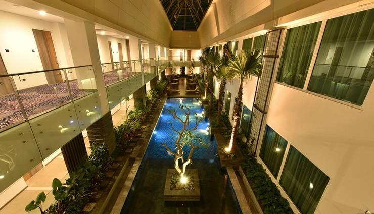 Holiday Inn Pasteur Bandung Bandung - Indoor Pool