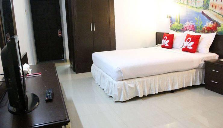 ZenRooms Sam Ratulangi Makassar - Tempat Tidur Double