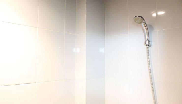 ZenRooms Sam Ratulangi Makassar - Kamar mandi