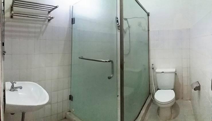Sukabumi Indah Hotel & Restoran Sukabumi - Kamar Mandi Regular