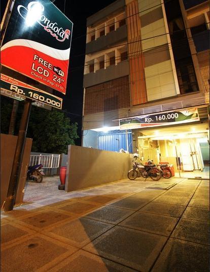 Gondola Inn Banjarmasin - Facade