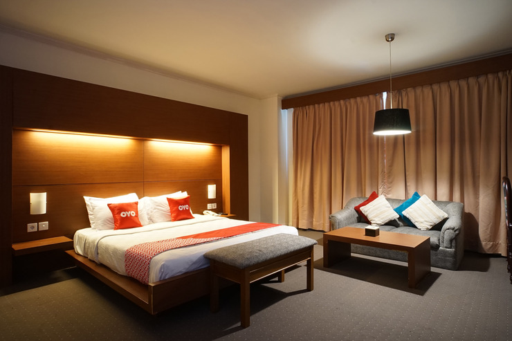 Capital O 1735 Adika Bahtera Hotel Balikpapan - Room
