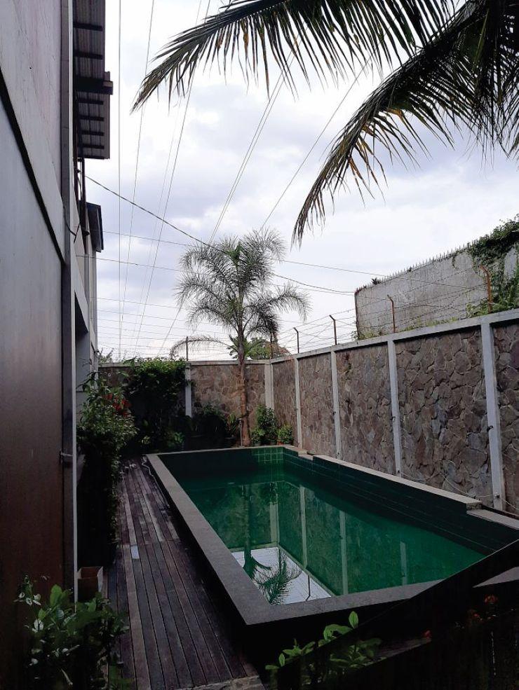 U Village Hotel Bandung Bandung - Swimming Pool