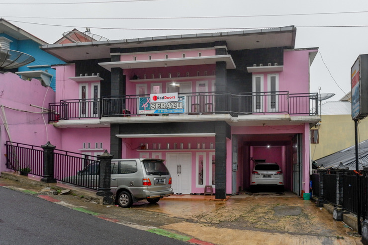 RedDoorz Syariah near Telaga Warna Dieng Wonosobo - Photo