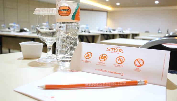 HARRIS Hotel Samarinda - Ruang Meeting