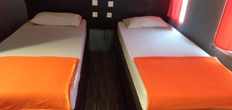 Dewata Sky Bandung - Standard Twin Room Only