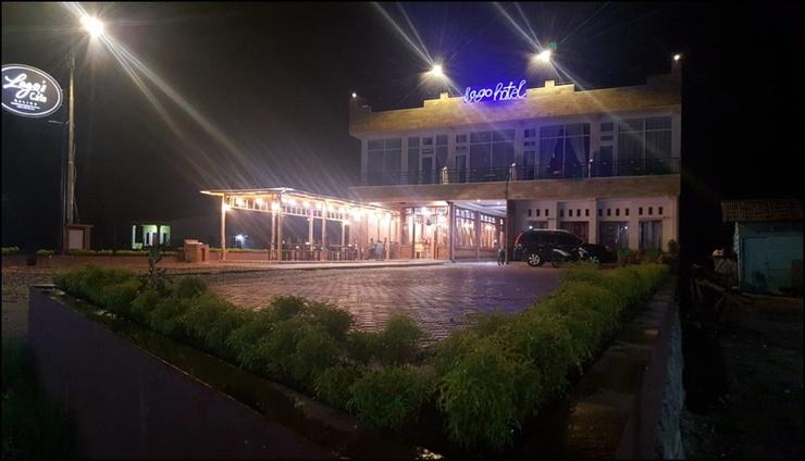 Lago Hotel Balige Danau Toba - exterior