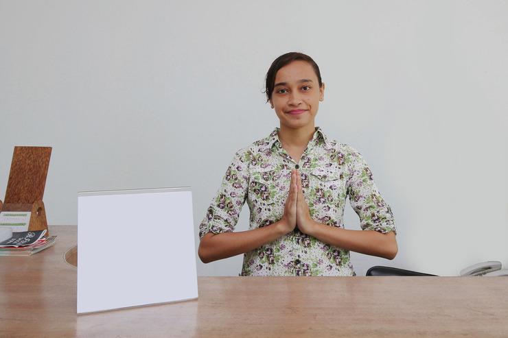 Airy Dalung Mudu Taki 27 Bali - Receptionist