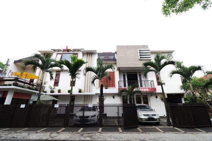 Rumah Tawa Hotel Bandung - Exterior