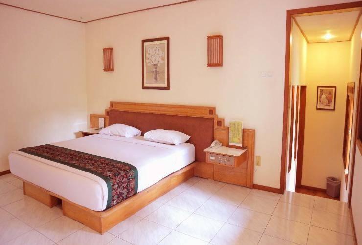 The Cipaku Garden Hotel Bandung - Grand Deluxe