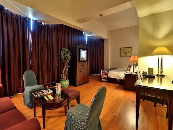The Acacia Hotel Jakarta - Executive
