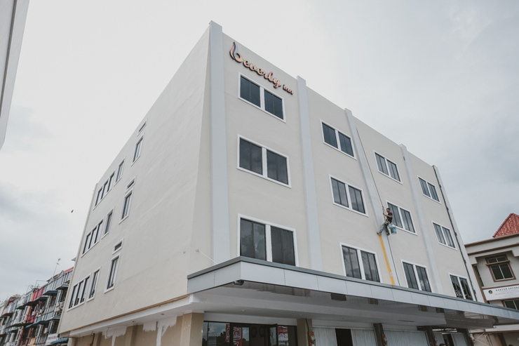 RedDoorz Plus near Ferry Terminal Batam Center Batam - Photo