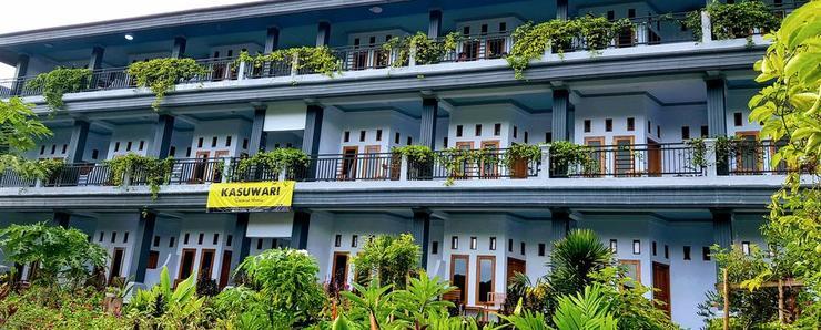 Kasuwari Hotel Manggarai Barat - Facade