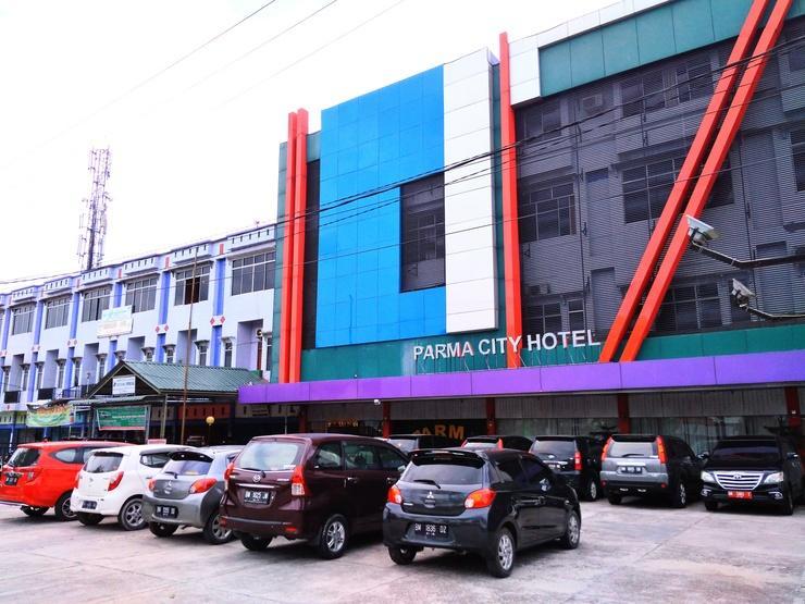 Parma City Hotel Pekanbaru - Building