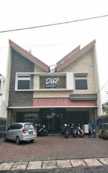 Dia2 Guest House Malang - Exterior