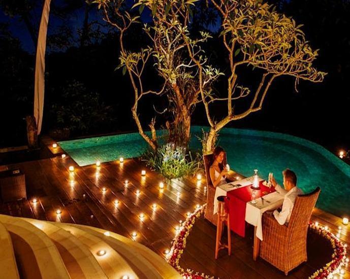 Natura Resort and Spa Bali - Makan malam Romantis