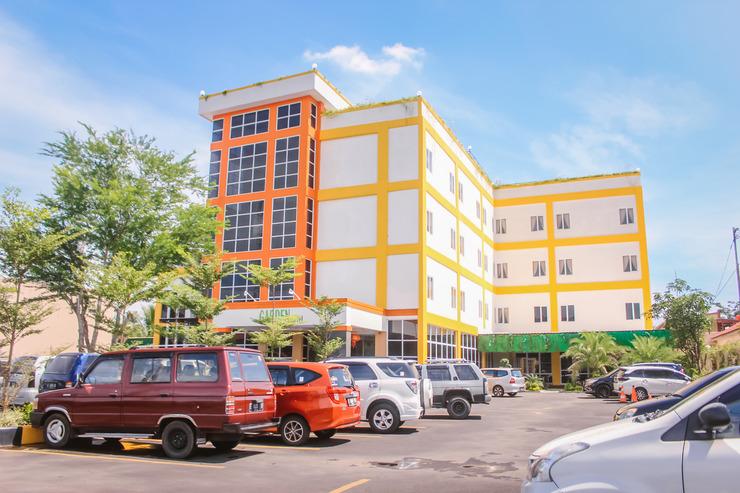 Garden Hotel Majalengka Majalengka - Building Hotel