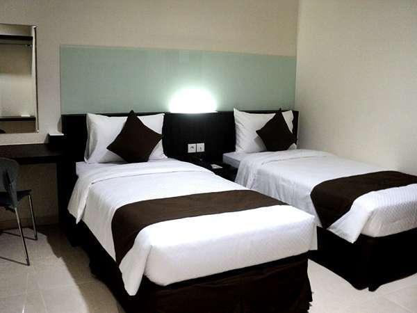 Hotel 88 Embong Kenongo Surabaya - Superior Tempat Tidur Twin