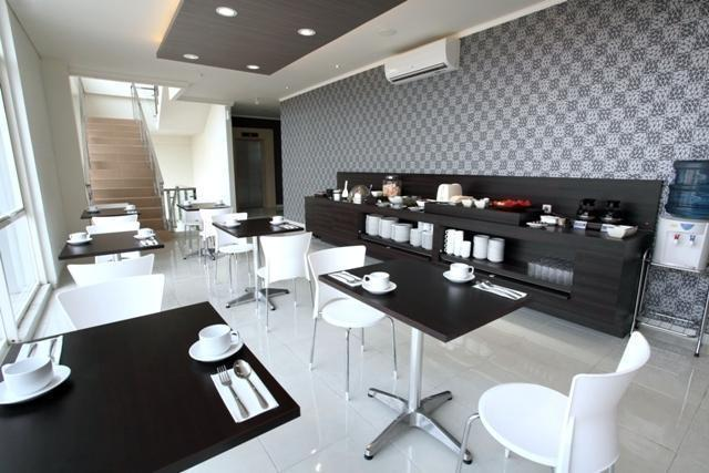 Hotel 88 Embong Kenongo Surabaya - Restaurant1