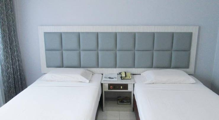 Pelangi Hotel And Resort Tanjung Pinang - Kamar