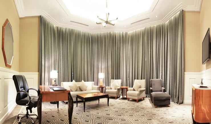 Prama Grand Preanger Bandung - Living Room