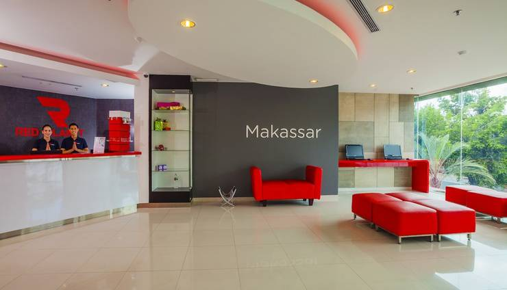Red Planet Makassar - Lobi