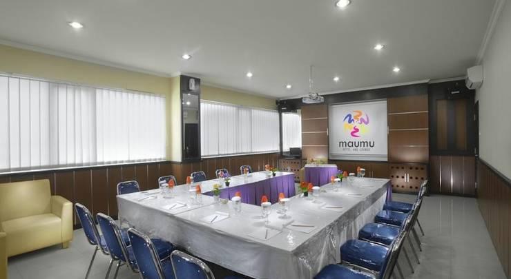 Maumu Hotel Surabaya - Meeting Room1