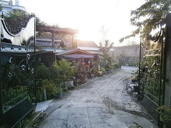 Mahesi Kanaka Hotel Magelang - Gerbang Masuk