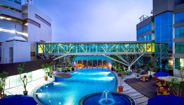 Hotel Horison Ultima Bekasi - Kolam renang
