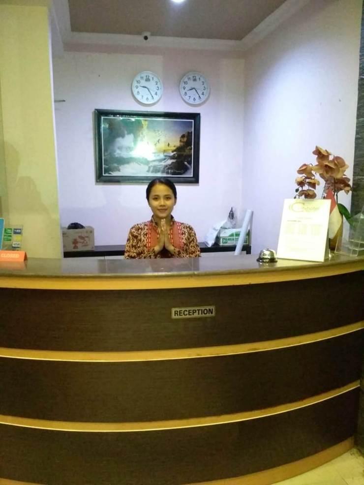 City Hotel Kendari Kendari - Resepsionis