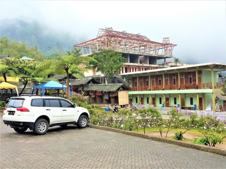 Penginapan Puncak DP Karo - Hotel Around