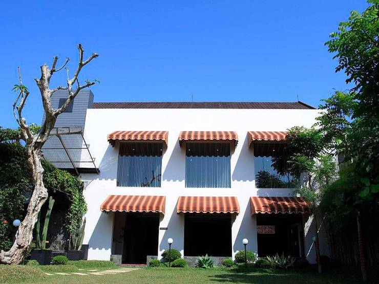 Gumilang Regency Hotel Bandung - Property Grounds
