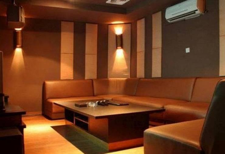 Gumilang Regency Hotel Bandung - Karaoke Room