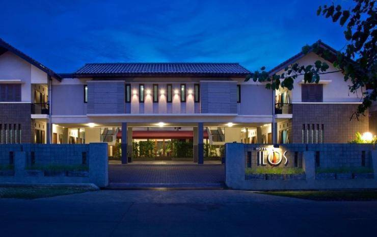 Ilos Hotel Bandung - Hotel Building