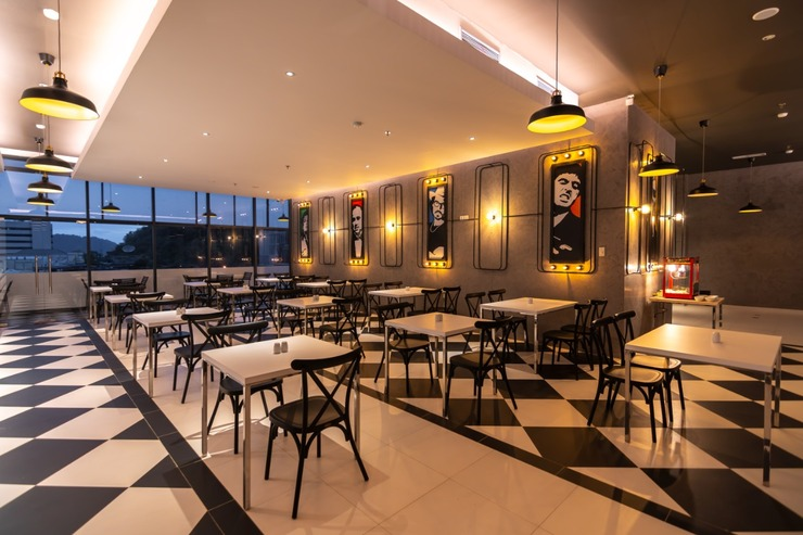 Fame Hotel Jayapura Jayapura - restaurant