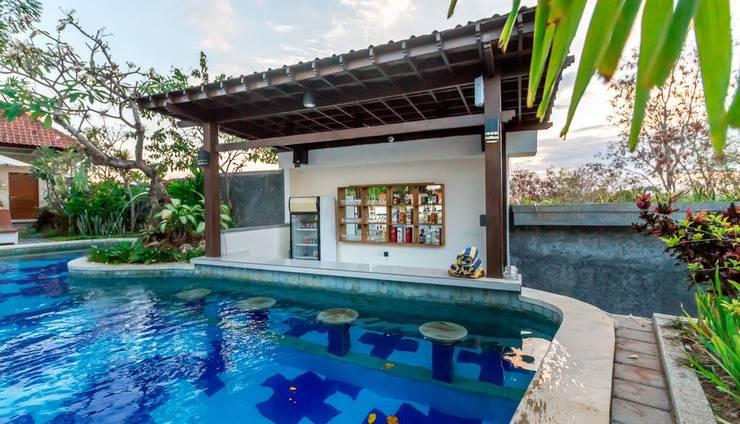 RedDoorz Plus @ Nusa Lembongan Island Bali - Kolam Renang