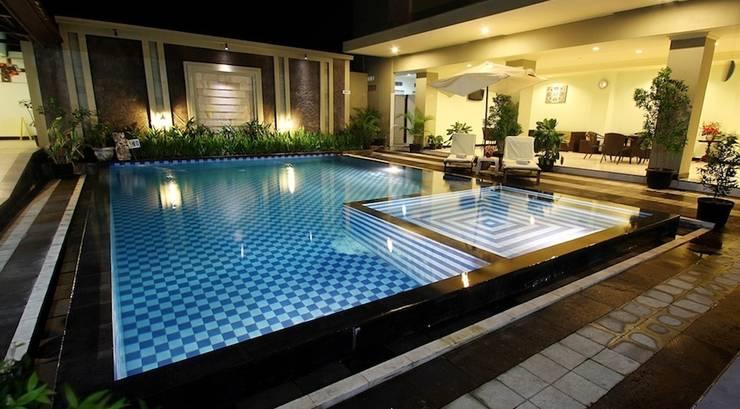 Maria Hotel Bali - Kolam Renang