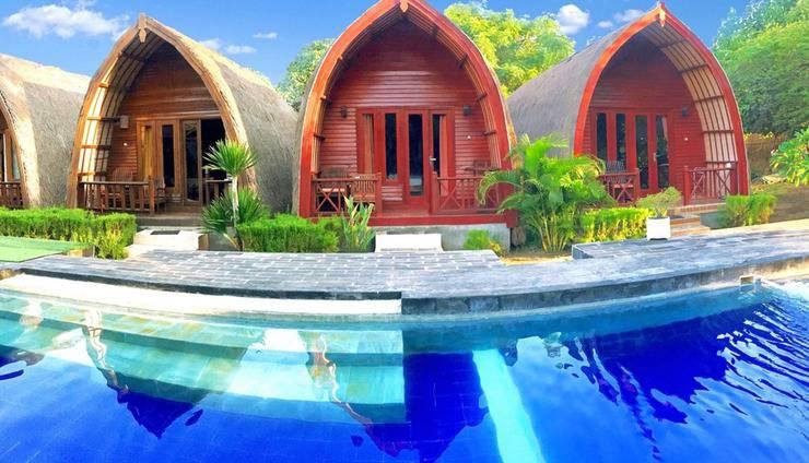 Amora Villa Lombok - Pool