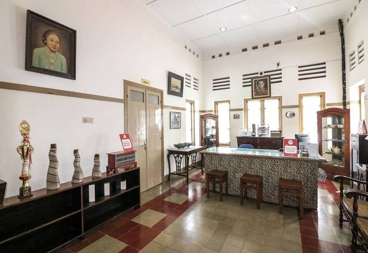 NIDA Rooms Sangaji 68 Tugu Jogja - Resepsionis