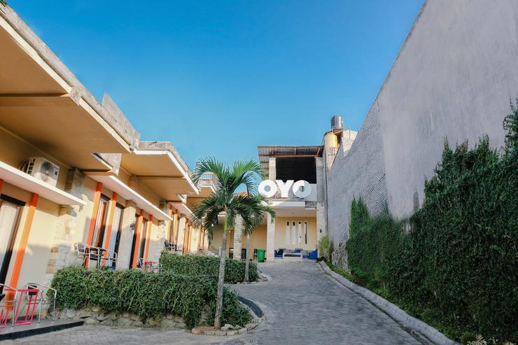OYO 1024 Palem Asri Residence Syariah Malang - Facade