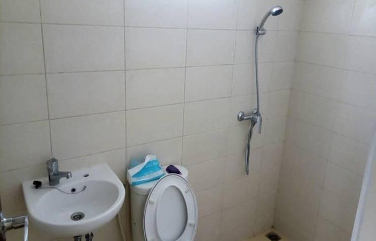 Villa Apple 8 Residence Malang - Bathroom