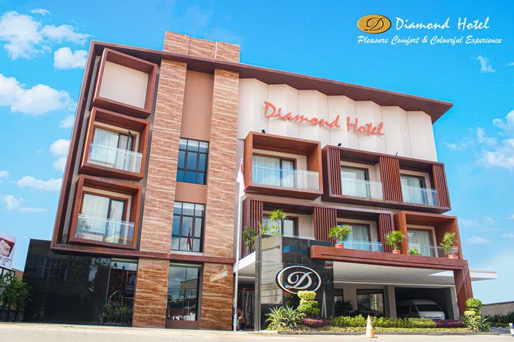 Diamond Hotel Samarinda - Hotel Tampak Depan